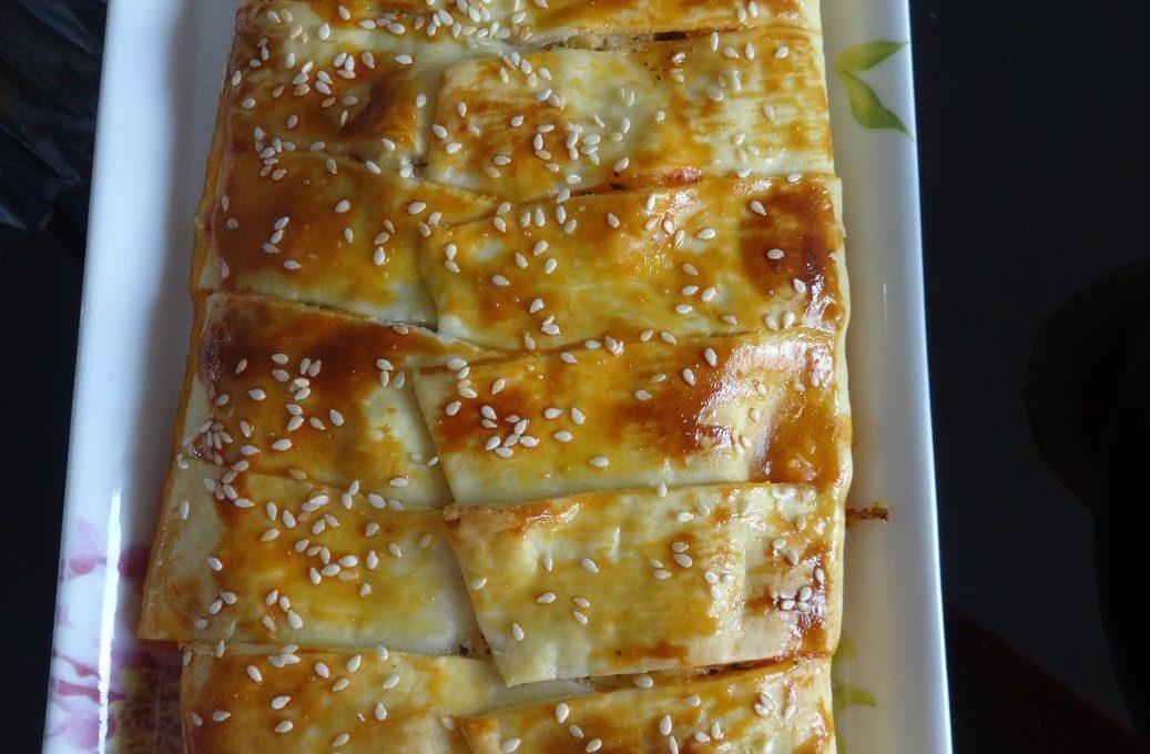 Tresse feuilletée au thon et mozzarella