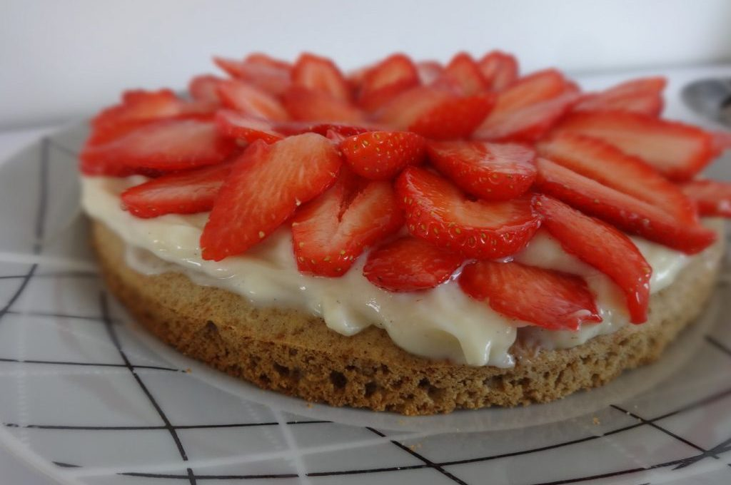 Tarte aux fraises sur palet breton ( sans gluten, sans lactose )