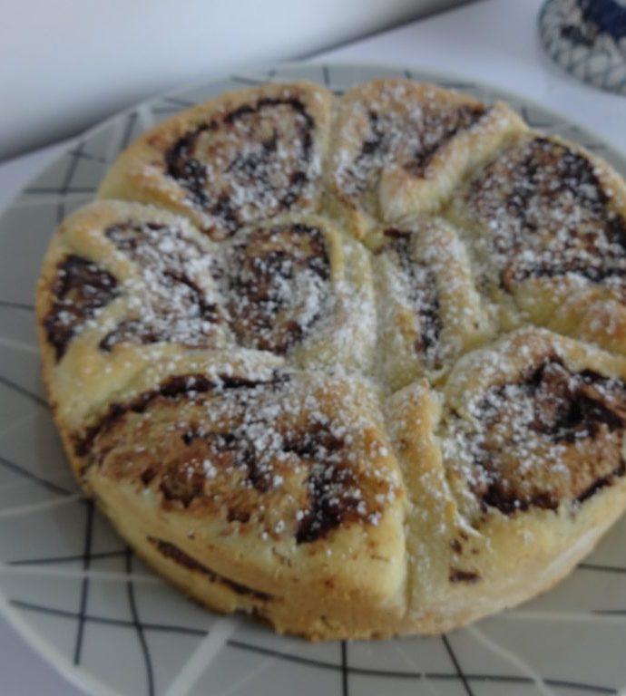 Brioche roulée à la pâte à tartiner ( sans gluten, sans lactose )