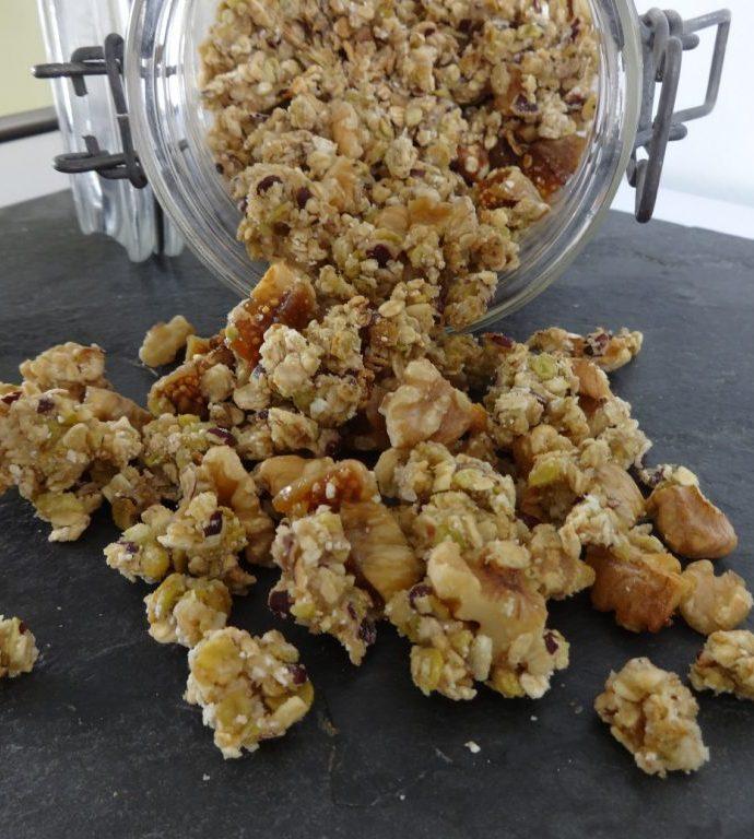 Granola aux figues, miel et noix ( sans matière grasse )