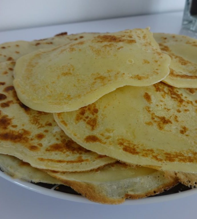 Mini crêpes légères et moelleuses ( sans matière grasse, sans lactose )