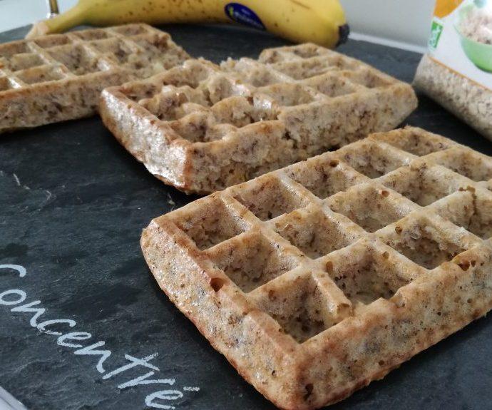 Gaufres aux flocons d'avoine et à la banane ( sans gluten, sans lactose, sans matière grasse )