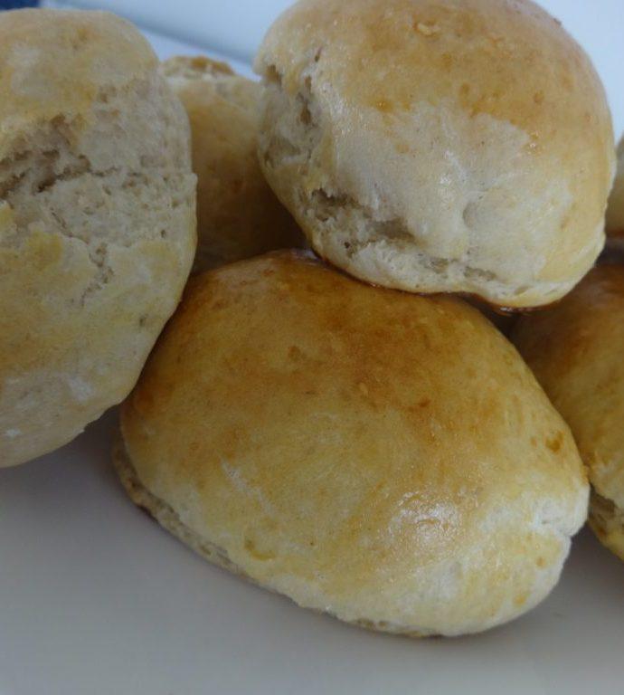 Petits pains rapides ( sans pétrissage et sans repos )