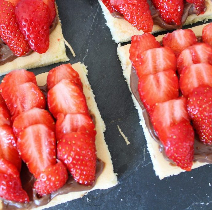 Tartelette moelleuse chocolat fraises ( sans gluten )