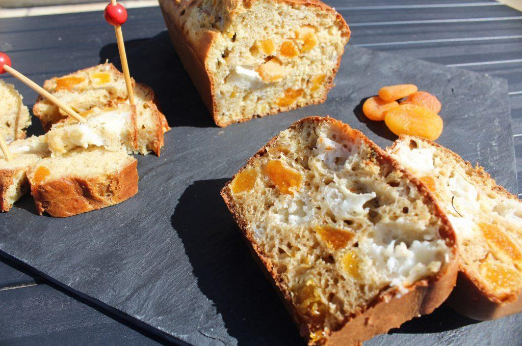 Cake abricots / chèvre (sans beurre)