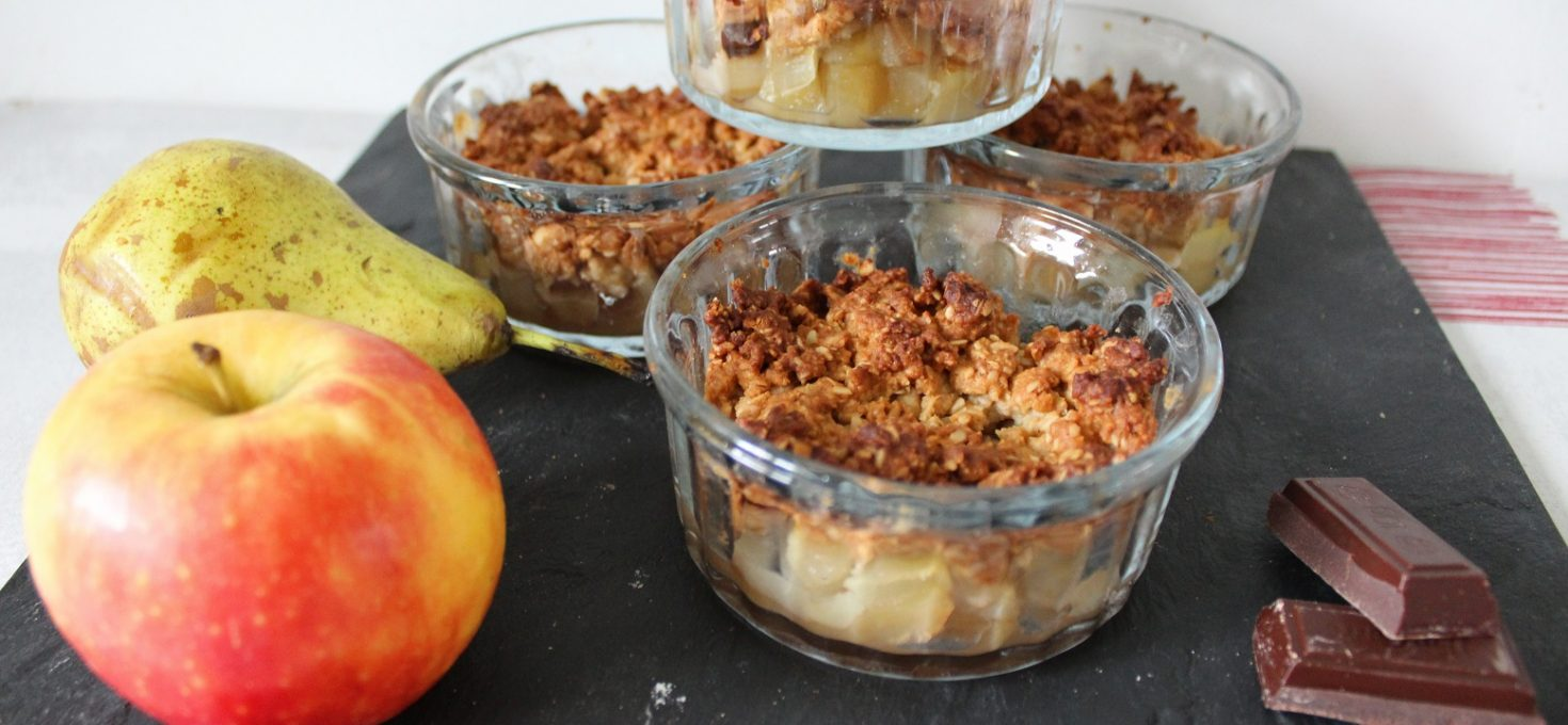 Crumble allégé pomme-poire-chocolat ( sans beurre )