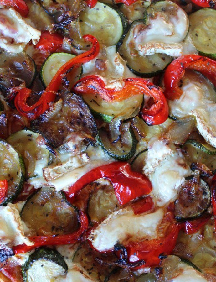 Pizza courgettes, poivrons et chèvre ( végétarien )